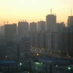 瀋陽北駅の冬の朝焼け