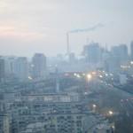 瀋陽北駅の冬の夜明け
